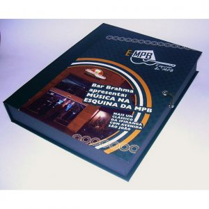 08 Caixa tipo book, fechamento em elástico e pino, para apresentação relatórios, propostas, projetos, portfólio. revestimento com impressão digital
