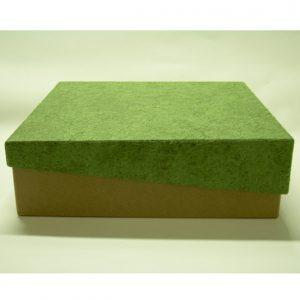 15 caixa em papel kraft com tampa diagonal revestida em papel artesanal.