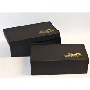 20 caixa para brinde, revestimento em couro sintético ou papel color plus tampa solta e logo em prata ou ouro ou baixo relevo