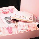 Kit maternidade decorado com scrapbooking encadernação album de fotos, caderno de assinaturas, porta cd, pasta para documentos, caixa
